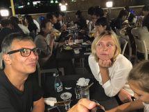 Diner à Ponto Cho, restaurant sur pilotis