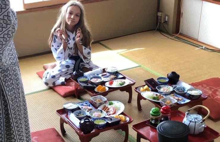 Petit déjeuner traditionnel à Tokyo