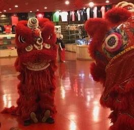 Dragons chinois dans le Théâtre Rouge - Pékin - Chine