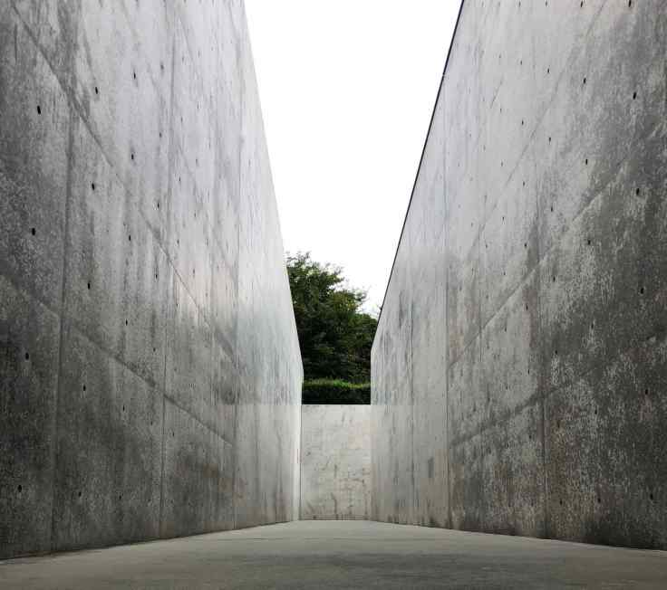 Entrée du Musée Lee Ufan