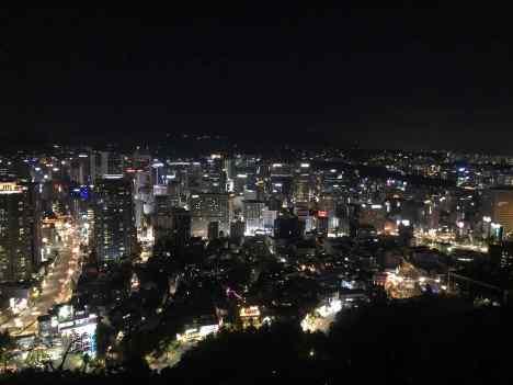 Seoul la nuit depuis la Seoul Tower