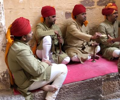 Musiciens à l'entrée du fort - Jodhpur - Rajasthan - Inde