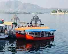 Embarcadère sur le Lac Pichola - Udaipur - Rajasthan - Inde