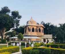 Jardins du Jag Mandir sur le Lac Pichola - Udaipur - Rajasthan - Inde