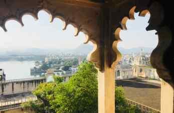 Vue sur Udaipur et le Lac Pichola depuis le City Palace - Udaipur - Rajasthan - Inde