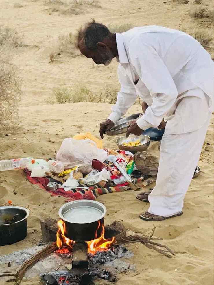Préparation du Cha Massala - Désert du Thar - Rajasthan - Inde