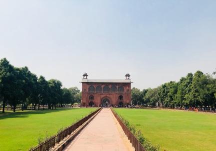 Jardins du Fort Rouge et Porte du Tambour - Delhi - Inde