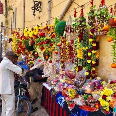 Vendeurs d'offrandes - Jaipur - Rajasthan