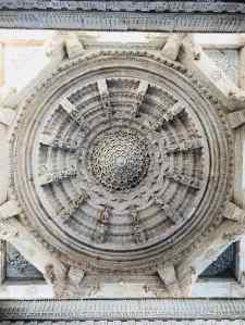 Plafond sculpté- Ranakpur - Rajasthan - Inde