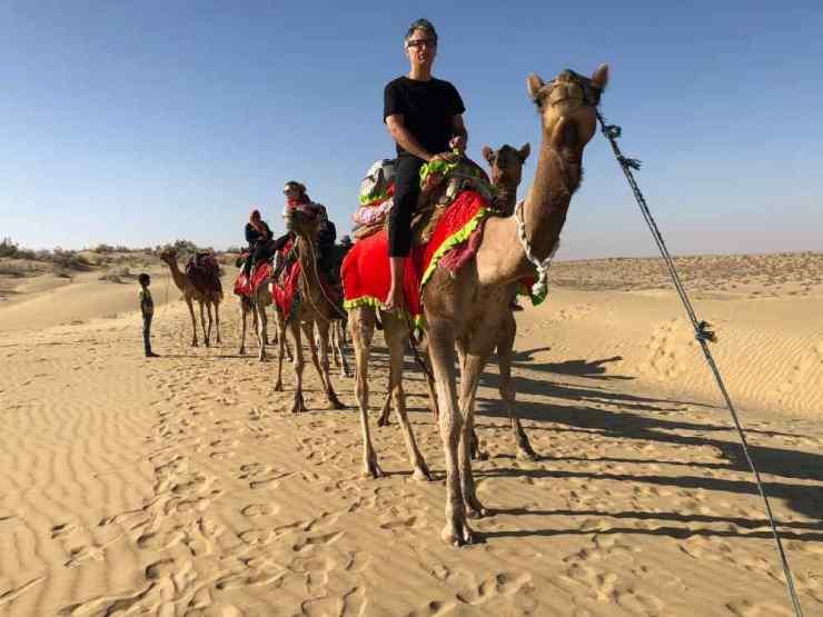 Caravane, et Geo est en tête ! - Désert du Thar - Rajasthan - Inde