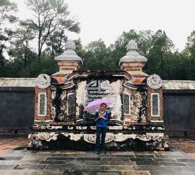 Eden dans le Mausolée de Tu Duc - Hue - Vietnam