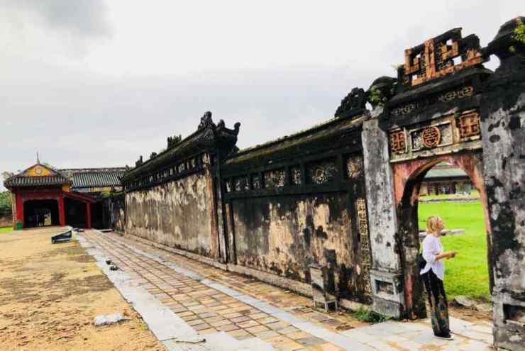 Dans les ruines de la Cité Pourpre Interdite - Cité Impériale - Hue - Vietnam