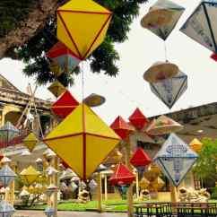 Lanternes dans la cité Impériale - Hue - Vietnam