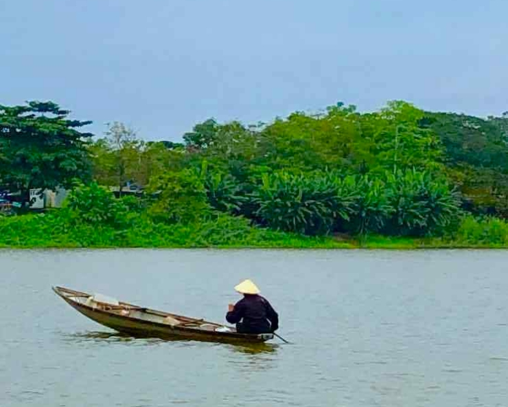 Sur la rivière aux parfums - Hue - Vietnam