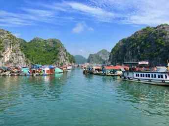 Village lacustre - Ile de CatBa - Vietnam