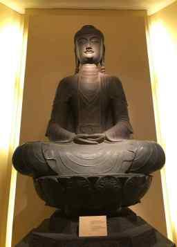 Vieux Bouddha - Musée d'histoire - Hanoï - Vietnam