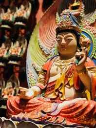 Dans le temple de la relique de la dent de Bouddha - Singapour