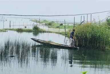 Jeune Pêcheur - Région de Hue - Vietnam