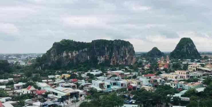 Vue sur la montagne de marbre - Da Nang -Vietnam