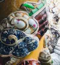 Détail de mosaïque en assiettes - Montagne de marbre - Da Nang - Vietnam