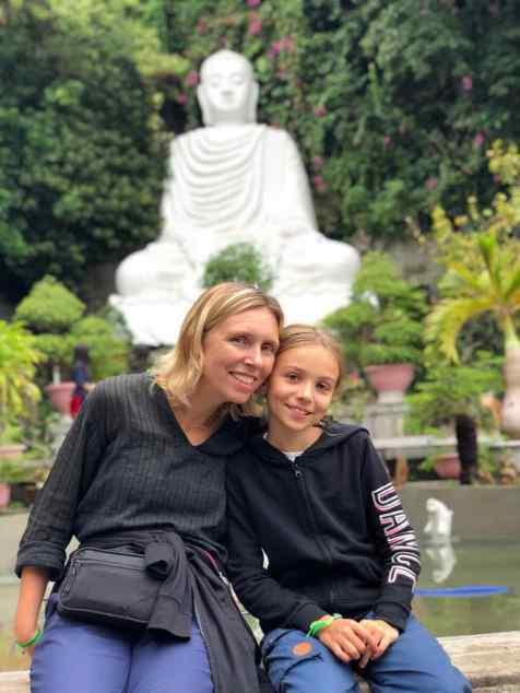 Devant le Grand Bouddha - Montagne de marbre - Da Nang - Vietnam
