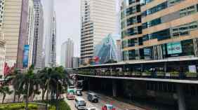 Verticalité d'une ville multi-niveaux - Hong-Kong