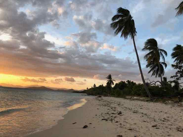 Coucher de soleil sur notre ile déserte - Palawan - Philippines