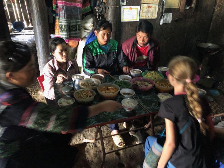Excellent déjeuner chez les Hmongs - Sapa - Vietnam