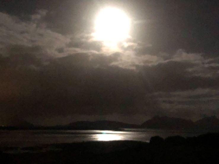 Ruakaka Beach au clair de lune - vue de notre van - Northland - Nouvelle Zélande