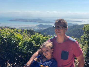 Portrait - Récompense de fin de balade et paysage de dingue - Coromandel - Nouvelle Zélande