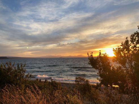 Coucher de soleil sur le lac Taupo - Nouvelle-Zélande