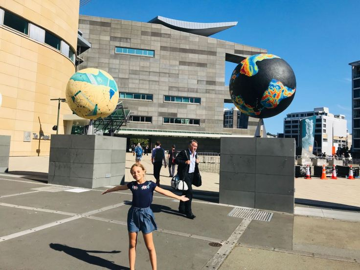 Oeuvres d'art devant le musée Te Papa - Wellington - Nouvelle-Zélande