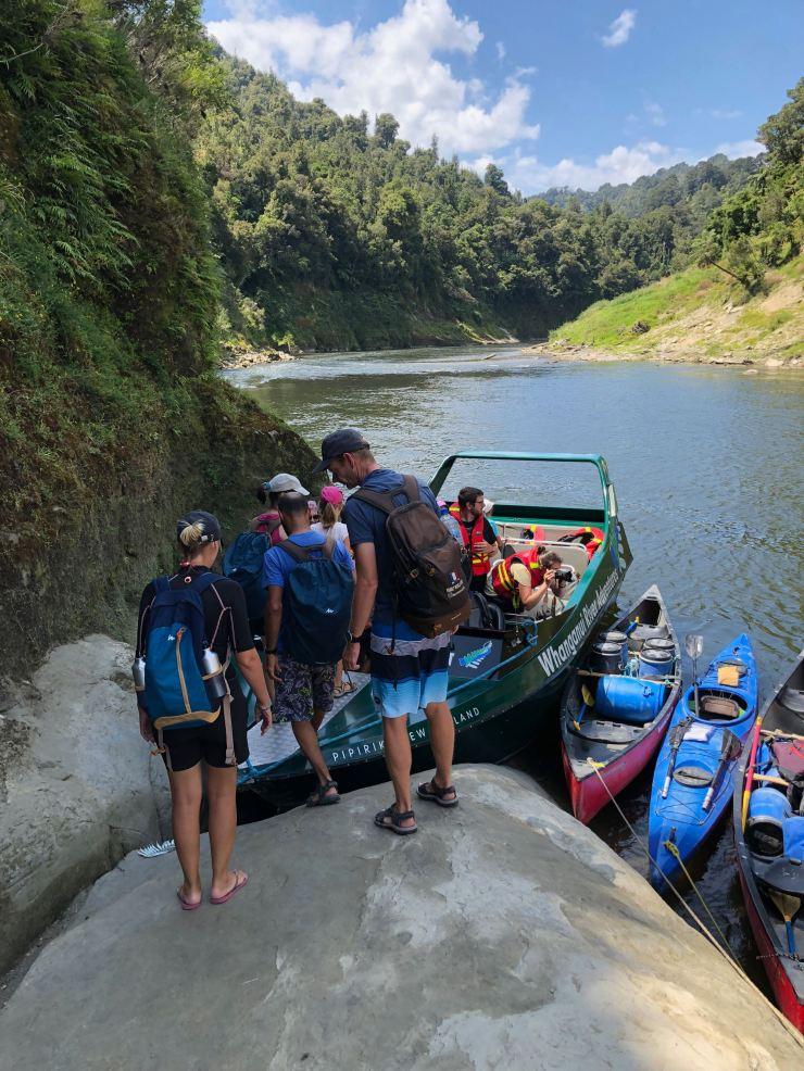 Jet Boat et Kayaks -Whanganui River - Nouvelle-Zélande