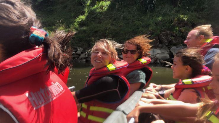 Le Jet Boat, ça décoiffe ! - Whanganui River - Nouvelle -Zélande