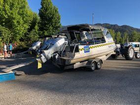Le Speed boat et son tracteur - En route pour Bark Bay - Parc Abel Tasman - Nouvelle-Zélande