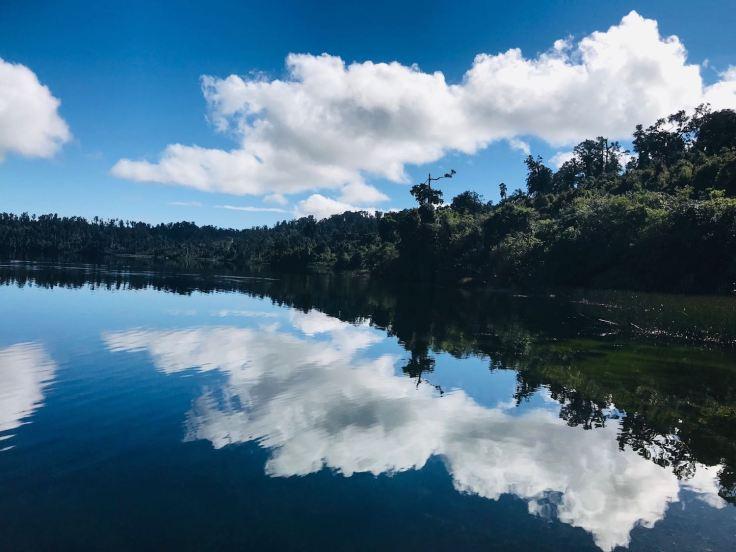 Ha le voilà le reflet sur le lac ! - lac Matheson - Nouvelle-Zélande