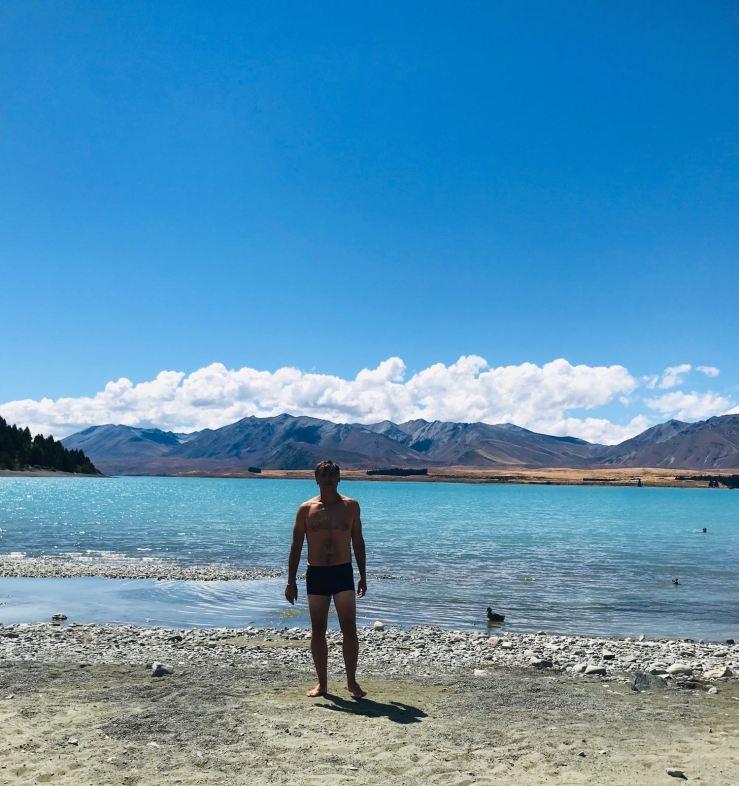 Geoffrey le courageux baigneur - Lac Tekapo - Nouvelle-Zélande