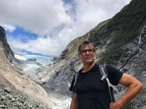 Geoffrey devant le Franz Joseph - Nouvelle-Zélande