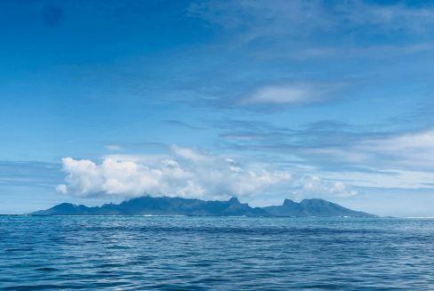 Vue sur Moorea depuis Tahiti - Polynésie