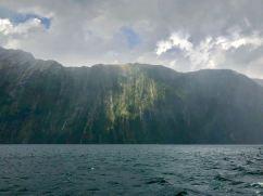 Rayon de soleil - Milford Sound - Fjordland - Nouvelle-Zélande