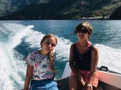 Eden et Danielle en route vers la vallée d'Hakaui - Nuku Hiva - Iles Marquises - Polynésie