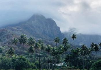 Vue sur les montagnes depuis Atuana - Hiva Oa - Iles Marquises Polynésie