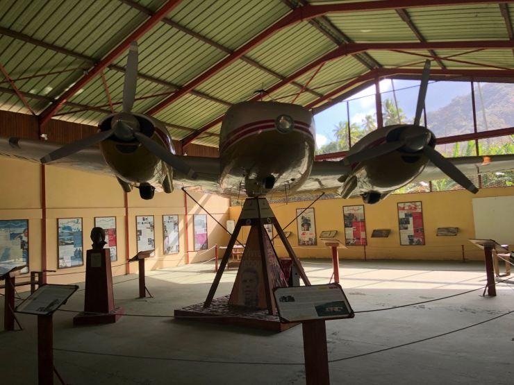 Jojo, l'avion de Brel - Dans l'espace Brel à Atuana - Hiva Oa - Iles Marquises - Polynésie