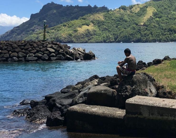 Le penseur - Quai de Hapatoni - Tahuata - Iles Marquises - Polynésie