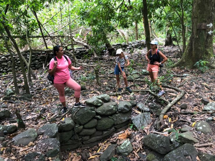 Un site archéologique caché - Vallée d'Hakaui - Nuku Hiva - Iles Marquises - Polynésie