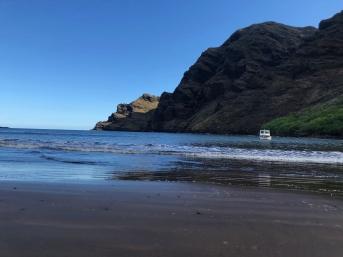 Retour sur la plage de la baie d'Hakaui - Nuku Hiva - Iles Marquises - Polynésie