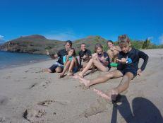 Joyeuses bande sur la plage - Tahuata- Iles Marquises - Polynésie