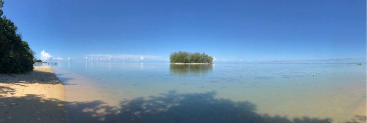 Petit motu près de la plage - Moorea - Polynésie