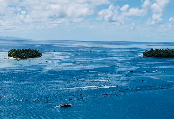 Entrainement des piroguiers - Vue de notre bungalow - Villa Tonoï - Raiatea - Polynésie