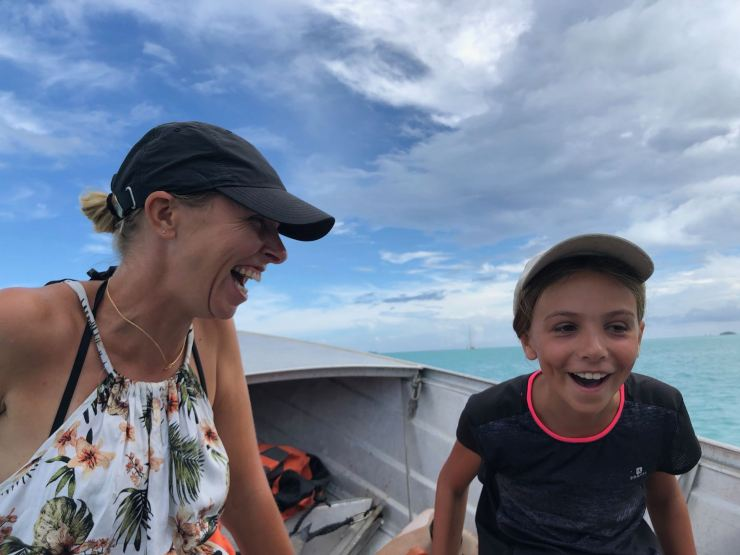 Fou rire mère-fille - Tahaa - Polynésie